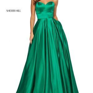 Emerald green Sherri hill prom dress